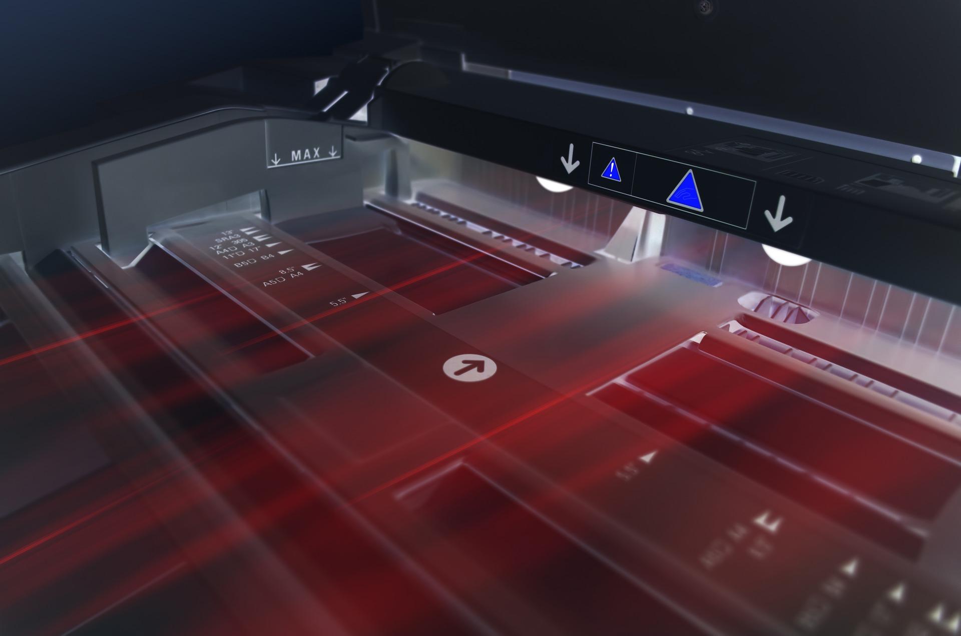 Drukarki atramentowe a laserowe – czym się różnią?